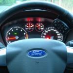 Форд Фокус 2. Снимаем и разбираем панель приборов