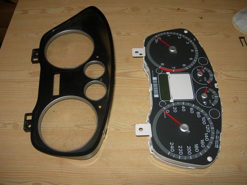 Фото 10. Разборка панели приборов Форд Фокус 2