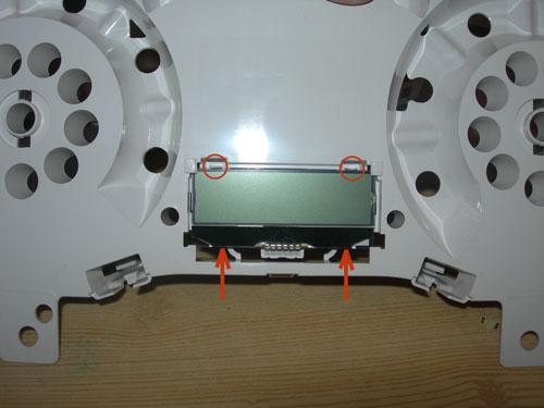 Фото 17. Разборка панели приборов Форд Фокус 2