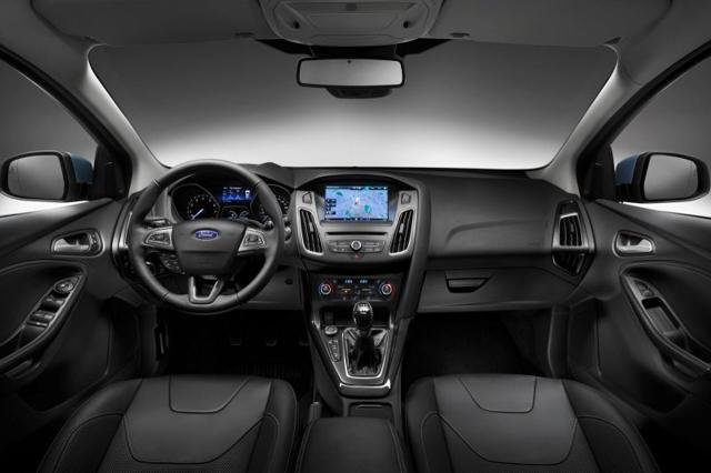 Обновленный салон Форд Фокус 2015
