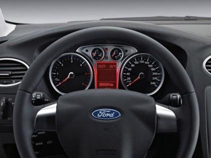 Ford Focus Black Magic