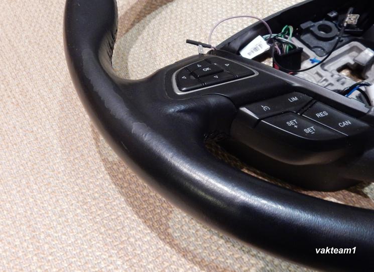 Потертости руля Форд Фокус 3 рестайл